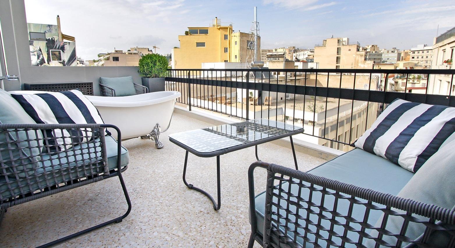Lucia Penthouse WT Balcony